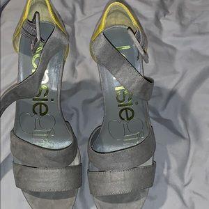 Kensie wedge sandals